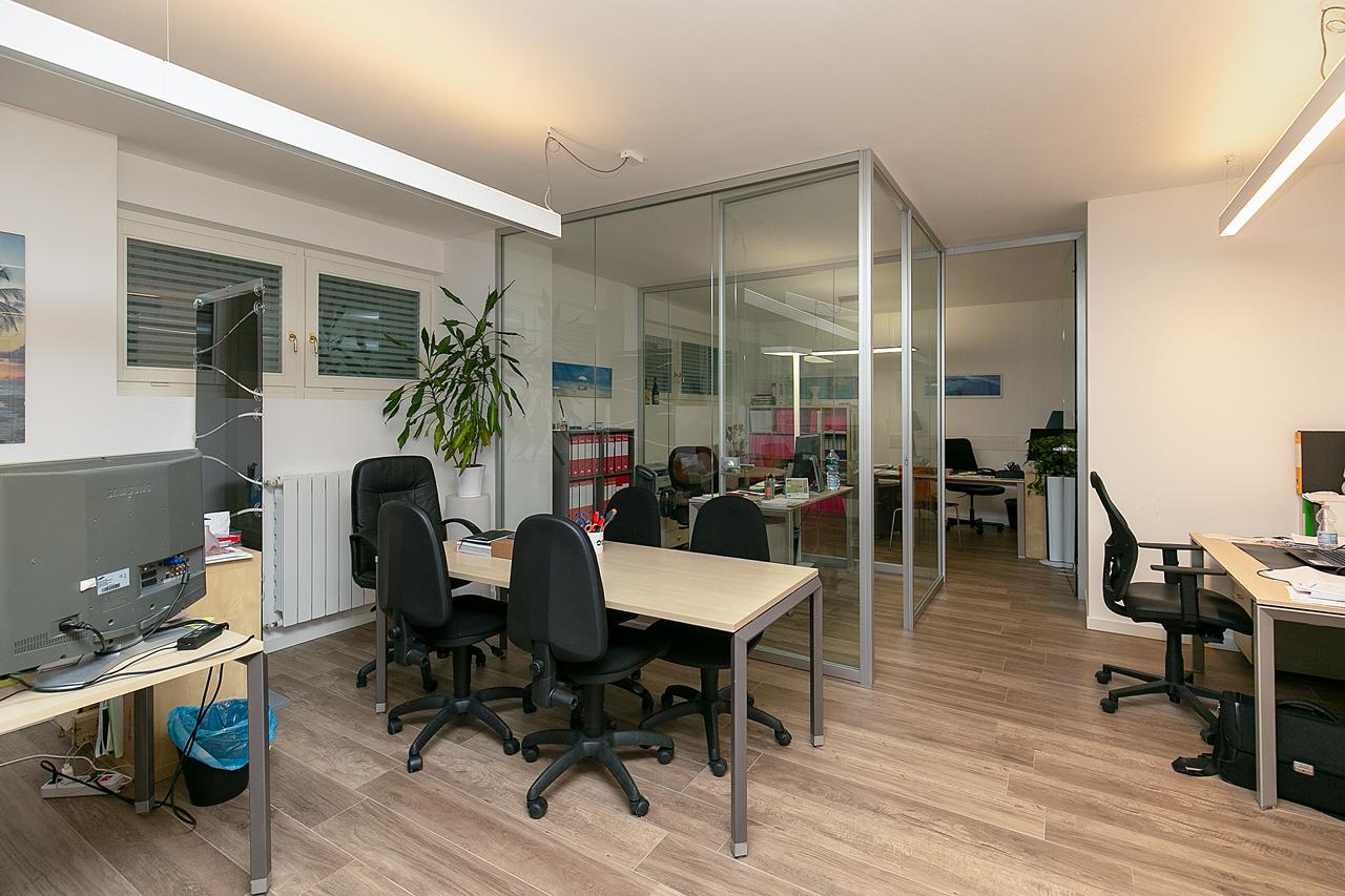Ufficio centro agenzia immobiliare saronno sigis for Centro ufficio